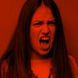 """『Qさま』声優・飯田里穂の""""おバカキャラ""""にゲンナリ…「イライラする」"""