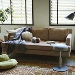 座っているだけで腹筋にきく。ミズノから筋トレできる家具が登場