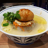【美的グルメ】攻めまくるラーメン屋「麺屋 彩音」でシーラカンスラーメンを食べる / トリュフ濃厚濃密風味絶佳