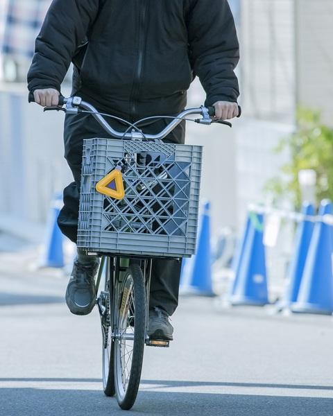 藤本さん 自転車 正面