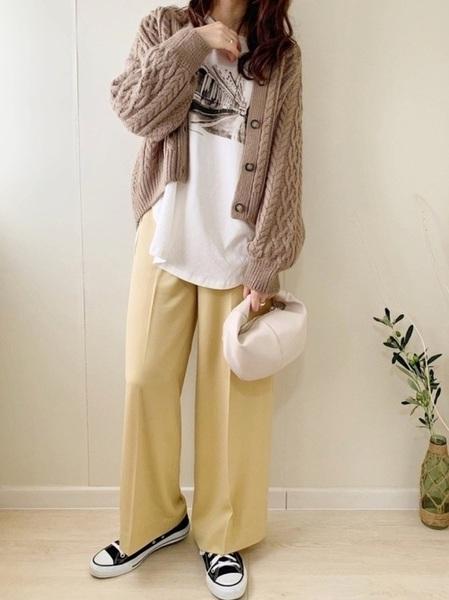コーデ 黄色 カーディガン 【黄色カーディガンのメンズコーデ】20歳メンズ、180cmです。画像にあ