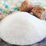 黒砂糖は健康によくて、白砂糖はNGってウソ?本当?賢い甘味料の選び方