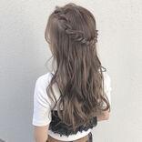 こなれ感が出るおろし髪アレンジ。不器用な大人女子におすすめの簡単ヘアをご紹介