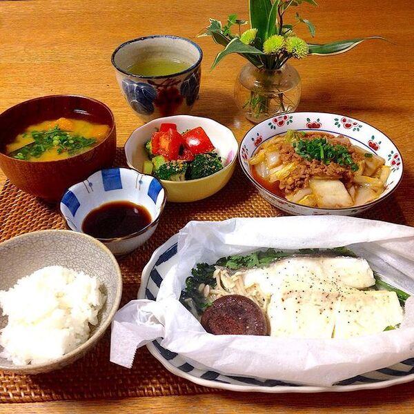 簡単な和食の魚料理レシピの鱈の紙包み蒸し