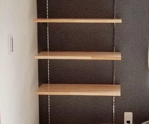 収納家具は棚板の調節できるものがおすすめ