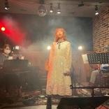YURiKA、デビュー4周年イベント『YURiKA Shiny Stage YURiKA BEST20』 様々なスタイルで自身の楽曲を披露 アニソンシンガーとしての想いあふれる配信イベント