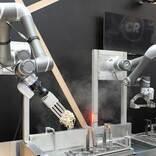 「駅そばロボット」、海浜幕張駅構内の店舗に導入 1時間に150食調理