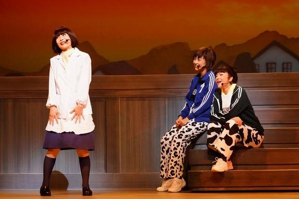 (左から)山本カナコ、保坂エマ、中谷さとみ   撮影:田中亜紀