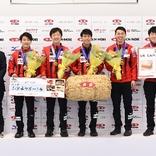 男女優勝チームに北海道産米1トン贈呈 全農日本カーリング選手権大会でJA全農