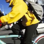 真冬の自転車通勤ウェアをガイド! 基本のレイヤリングをマスターしよう