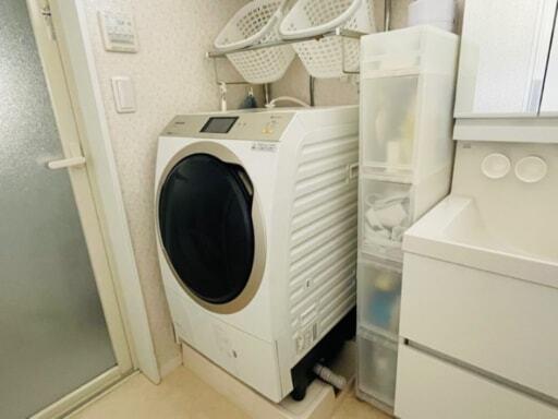 無印良品のポリプロピレンストッカーを洗面所で使っている様子