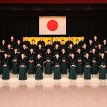 宝塚音楽学校 異例の卒業式 斉唱、ブーケ贈呈、返事なし 事前収録の音源流す