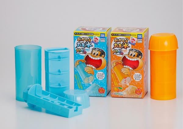 10年前のブーム再来!?新感覚カキ氷製造機「おかしなカキ氷 ガリガリ君」発売