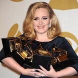 アデル、2000年から現在までに英国で最も売れた女性アルバム・アーティストに
