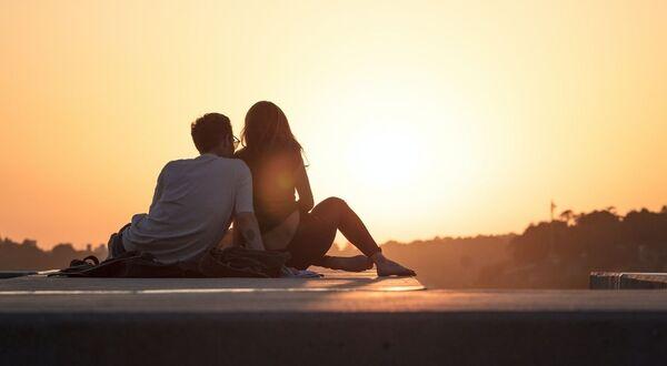 現在の恋人との出会い方ランキング
