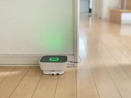 宅配ポストとスマートフォンを連携するホームユニットという機器