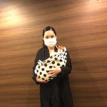 平野ノラ、愛娘との初めての外出&スリングデビュー報告
