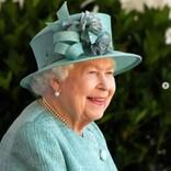 エリザベス女王、新たに迎えた子犬2匹は大切な思いを込めた名前に