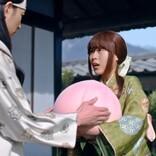 有村かぐや姫、洗濯中に大きな桃を拾う「もしかして、どんぶらこ?」
