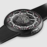 『スター・ウォーズ』のデス・スターを内蔵した超高級スイス腕時計。巨大コンテナ&『ローグ・ワン』の小道具がオマケで付いてくる!