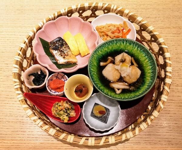 大阪・難波「象印食堂」華御膳