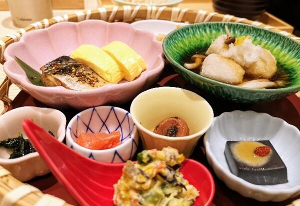 大阪・難波「象印食堂」華御膳3