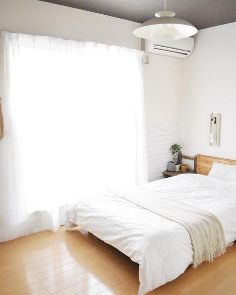 厚手カーテンなしが◎すっきり寝室の作り方