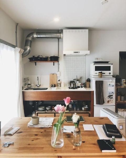 見せる収納でおしゃれなキッチンの作り方