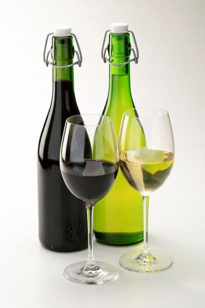樽出し生ワイン赤、白