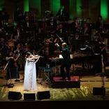 『サラ・オレイン Symphonic Concert 2021』ライヴ・レポートが到着~時空を超えた、夢見(Dreaming)の世界へ