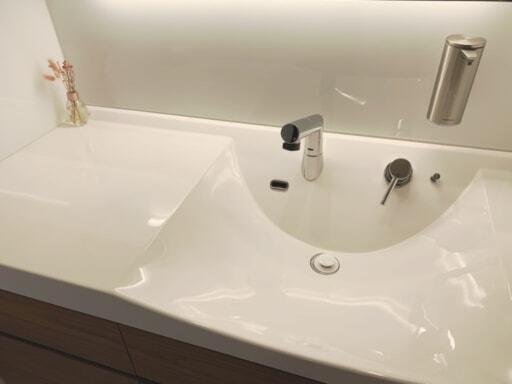 レバー式水栓の洗面台
