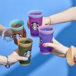 スターバックス、自分らしいカラーを楽しめる、色が変わるカップセット発売