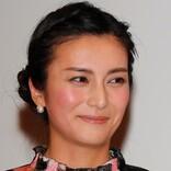 柴咲コウ、悪女『クルエラ』に変身する姿が話題 「美しすぎる」と称賛の声