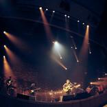 中田裕二がソロ10周年記念ライブで渾身の25曲を披露、椿屋四重奏の一夜限りの復活も!