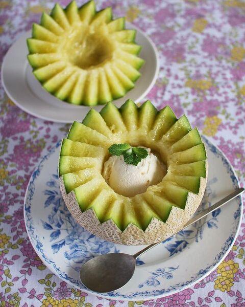 作り方簡単!アイスのせ丸ごとメロンレシピ