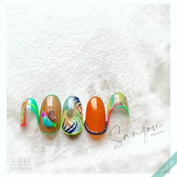 ねいる屋~SANZOU~が投稿したネイルデザイン [photoid:I0086860] via Itnail Design (641249)