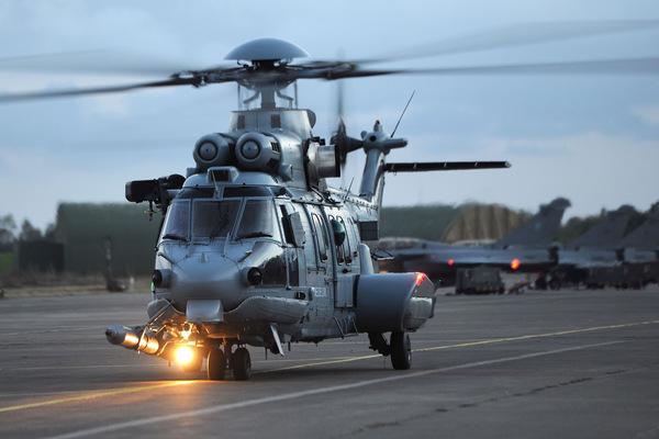 フランス航空宇宙軍のH225M(Image:Airbus)