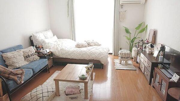 ナチュラルで一人暮らし向けのお部屋実例