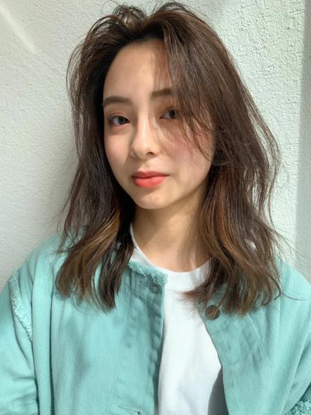 大人女性セミロング×韓国風前髪アレンジ