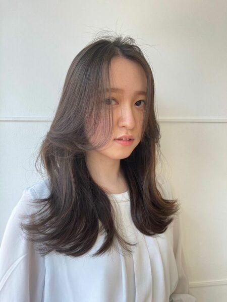 大人女性のロング×上品前髪アレンジ