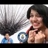 ラプンツェルから白雪姫へ「世界一髪の長い10代」12年ぶりに2mの髪を切る(印)<動画あり>