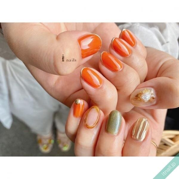 オレンジ×グリーンネイル