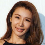 鈴木紗理奈が息子の顔出し写真を公開 「イケメンすぎ」と反響を呼ぶ