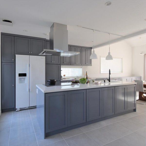 清潔感のあるおしゃれな新築キッチン
