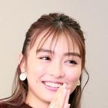 内田理央 韓国コスメでTWICEジヒョ風メーク披露に反響「全然雰囲気違う」「似てます」