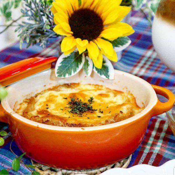 人気のオニオングラタンスープを献立に!