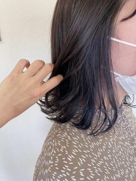 イエベ春×青みパープルのインナーカラー