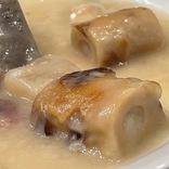【困惑】おでんを具材にしてしまったクリームシチューがエグい! 「おそ松さん チビ太のおでんシチュー」実食