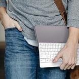 PCやタブレットの作業効率向上に。タッチパッド機能付きキーボード「mokibo」