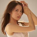 小松未可子、シングル「悔しいことは蹴っ飛ばせ」のMVフルバージョンを公開